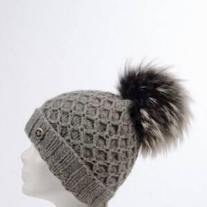 Handgestrickte Alpaka Gittermütze mit Fellbommel